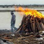 الهند .. الأمواج تقذف عشرات الجثث إلى ضفاف نهر الغانج